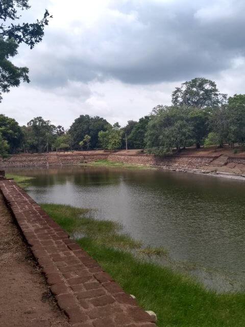 Elefantenbad Anuradhapura