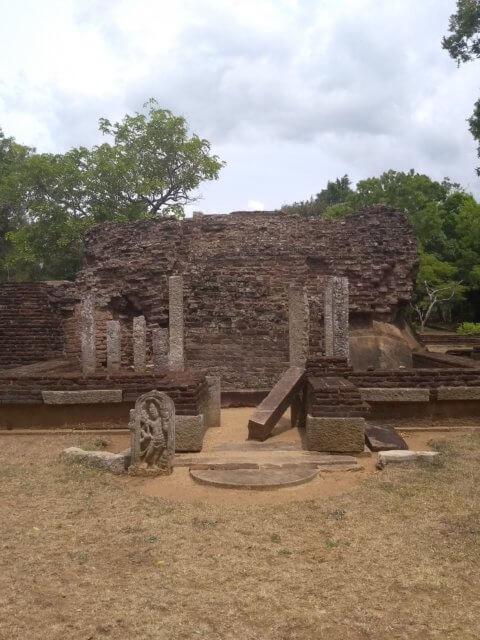 Ruinen bei Anuradhapura