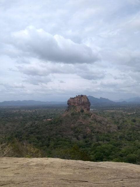 Sigiriya von Pidurangala gesehen