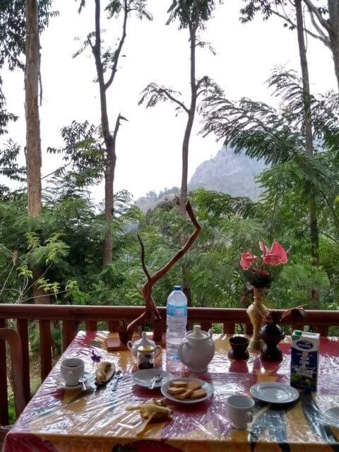 Blick aus unserem Hotel in Ella