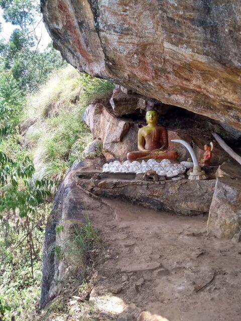 Buddha Schrein bei Ella Rock